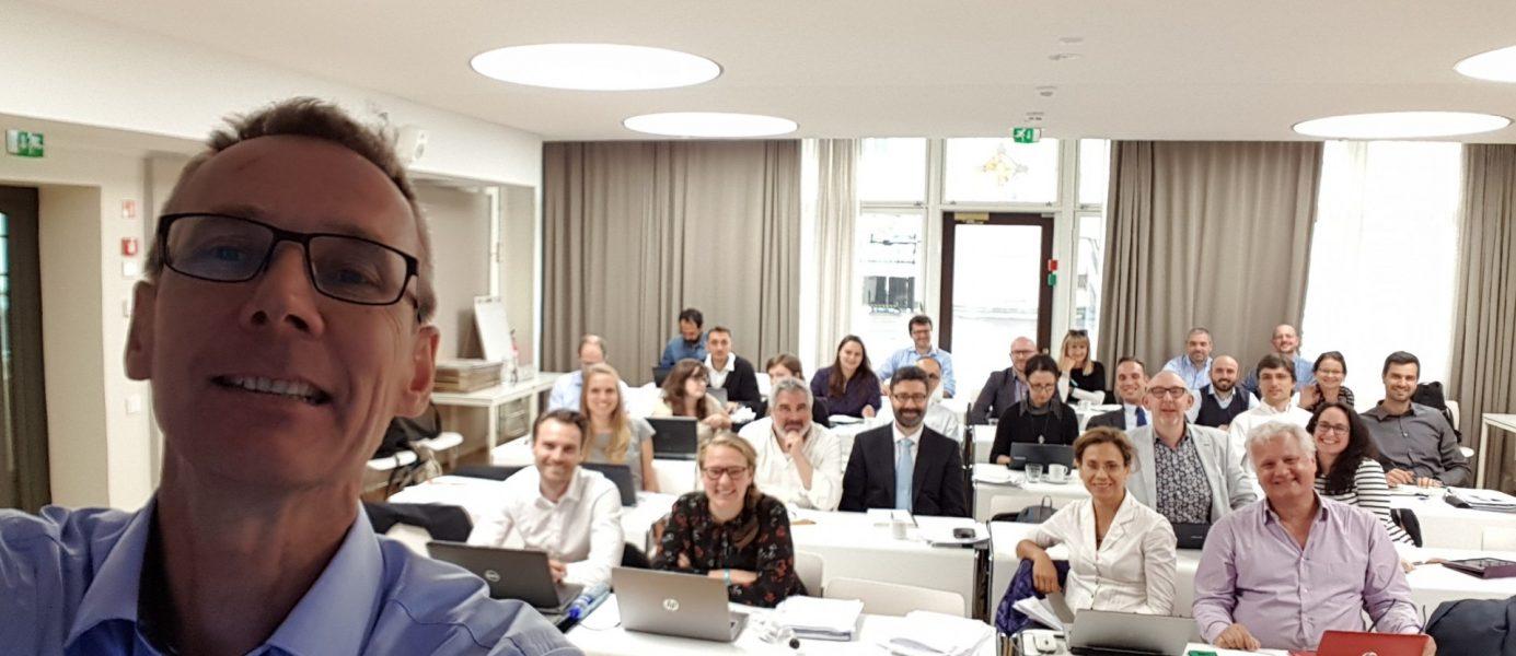 Jan-Harko Post (rechts op de tweede rij) tijdens de derde bijeenkomst van het PS Circular Economy zomer 2017