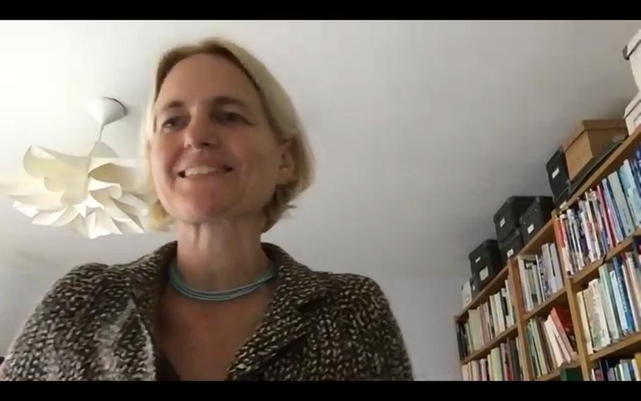 Schermafdruk van Martine de Vaan die aan het woord is tijdens de online bijeenkomst van de Community of Practice op 14 mei 2020